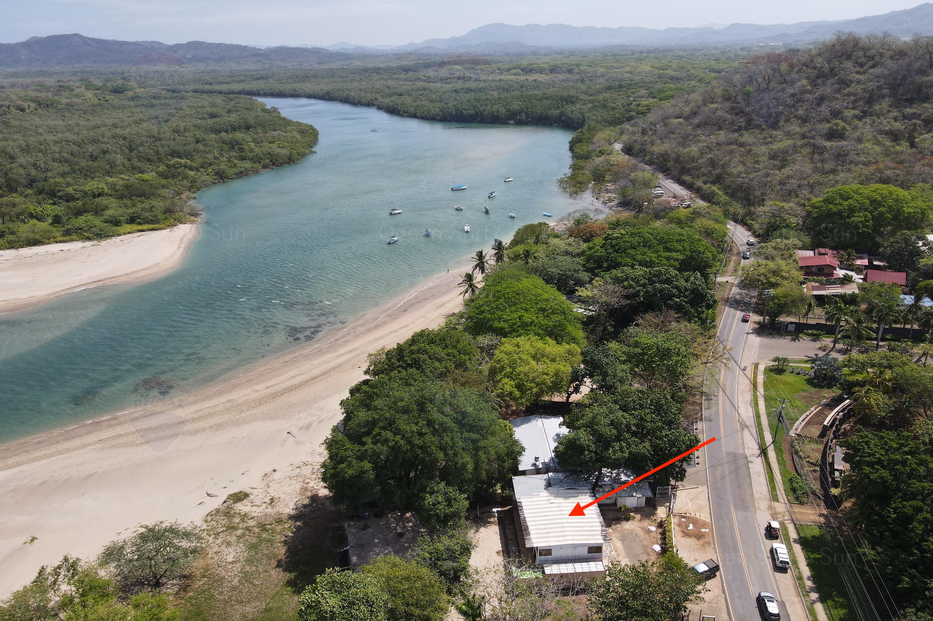 Beachfront-hotel-Tamarindo
