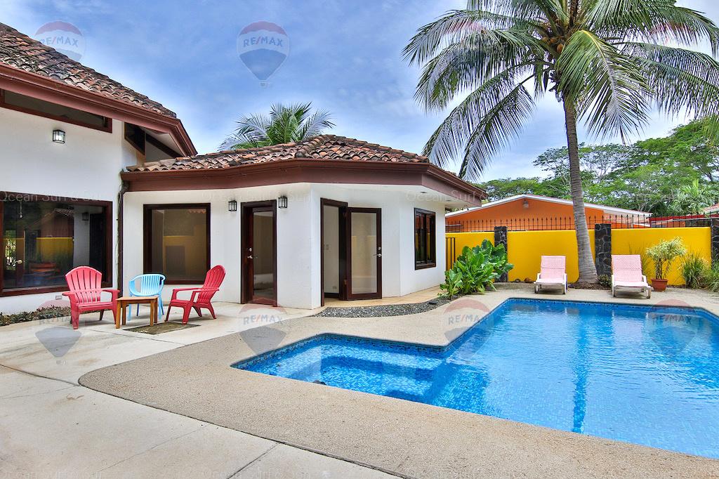 Casa Conchal de Surfside, Playa Potrero, Costa Rica