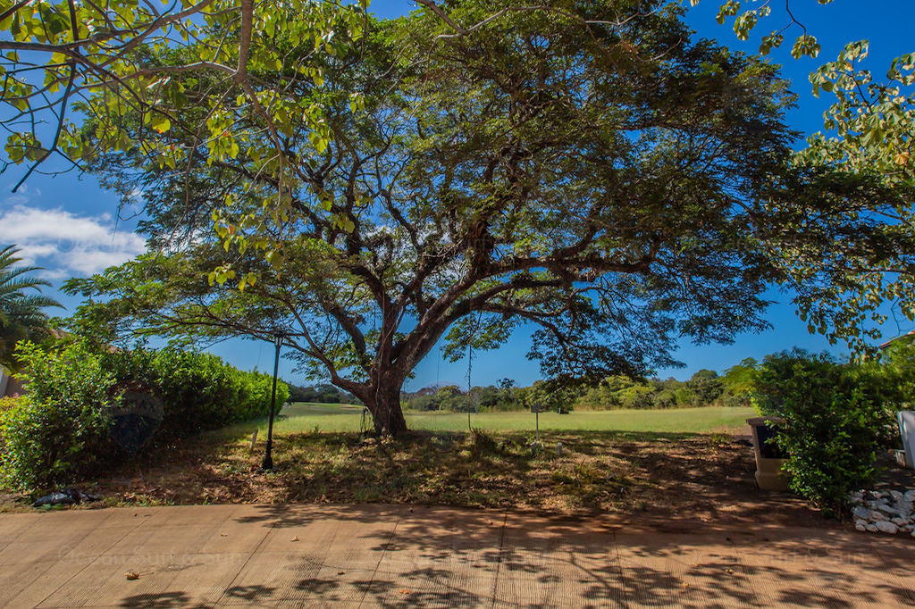 Los-Almendros-land-gated-community-rental-investment-vacation-residence-retirement-property-playa-tamarindo-surf-guanacaste-costa-rica