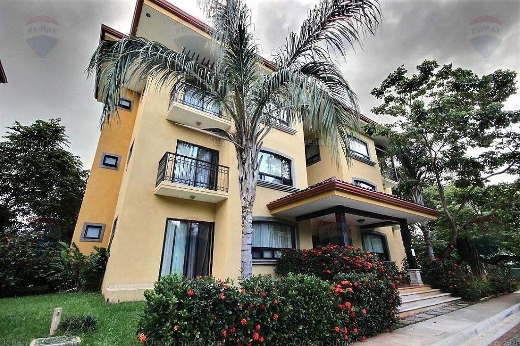 The Oaks 88, La Garita, Costa Rica