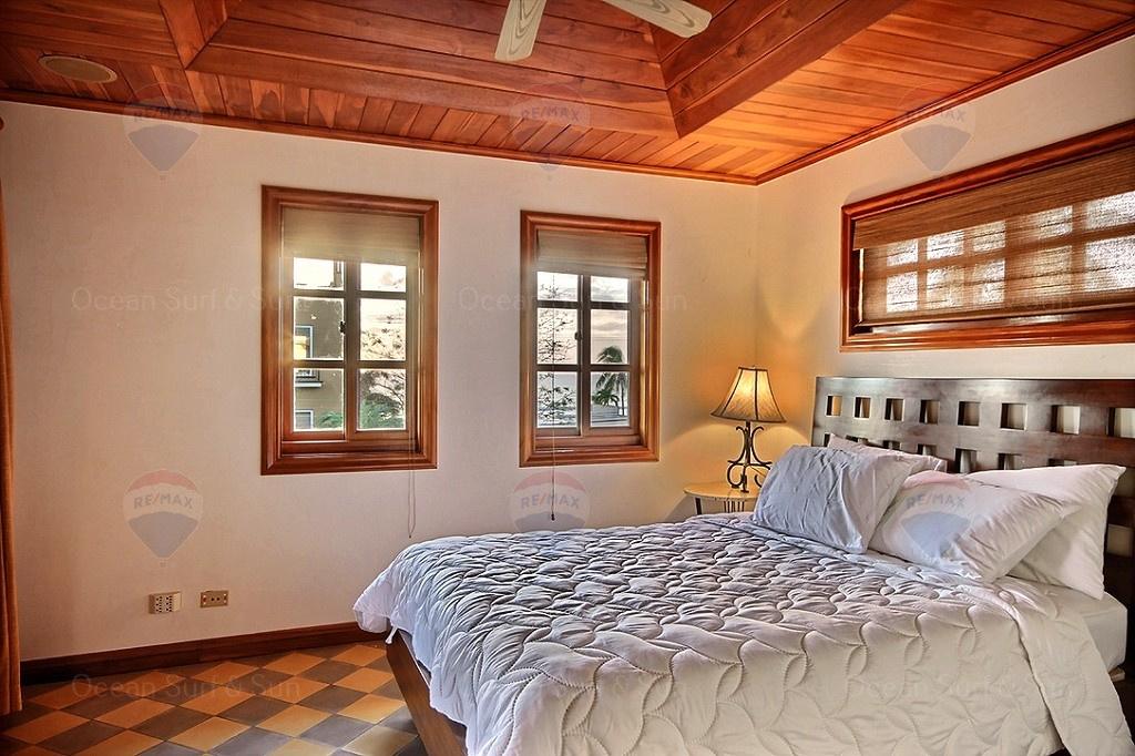 Courtyard-villa-one-playa-langosta-oceanview-unit