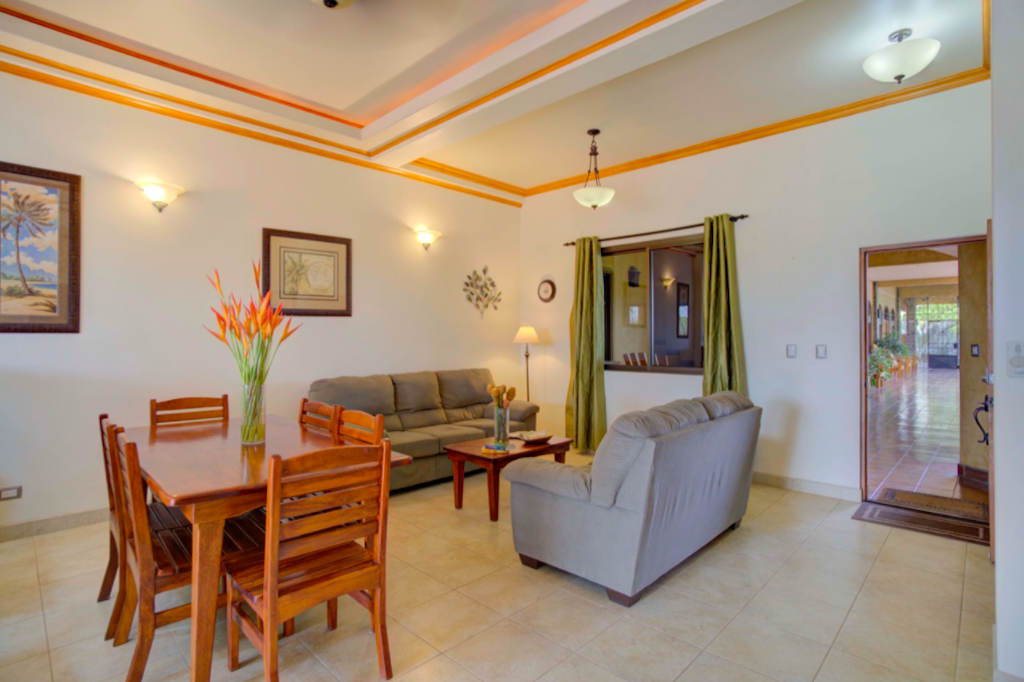 plaza-tierra-pacifica-condo-playa-junquillal-tamarindo-surf-beach-nightlife-real-estate-investment-vacation-residence-retirement-property