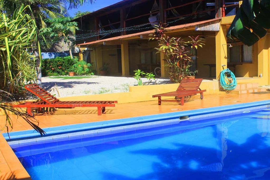 Neptuno Surf Hostel, Playa Langosta, Costa Rica
