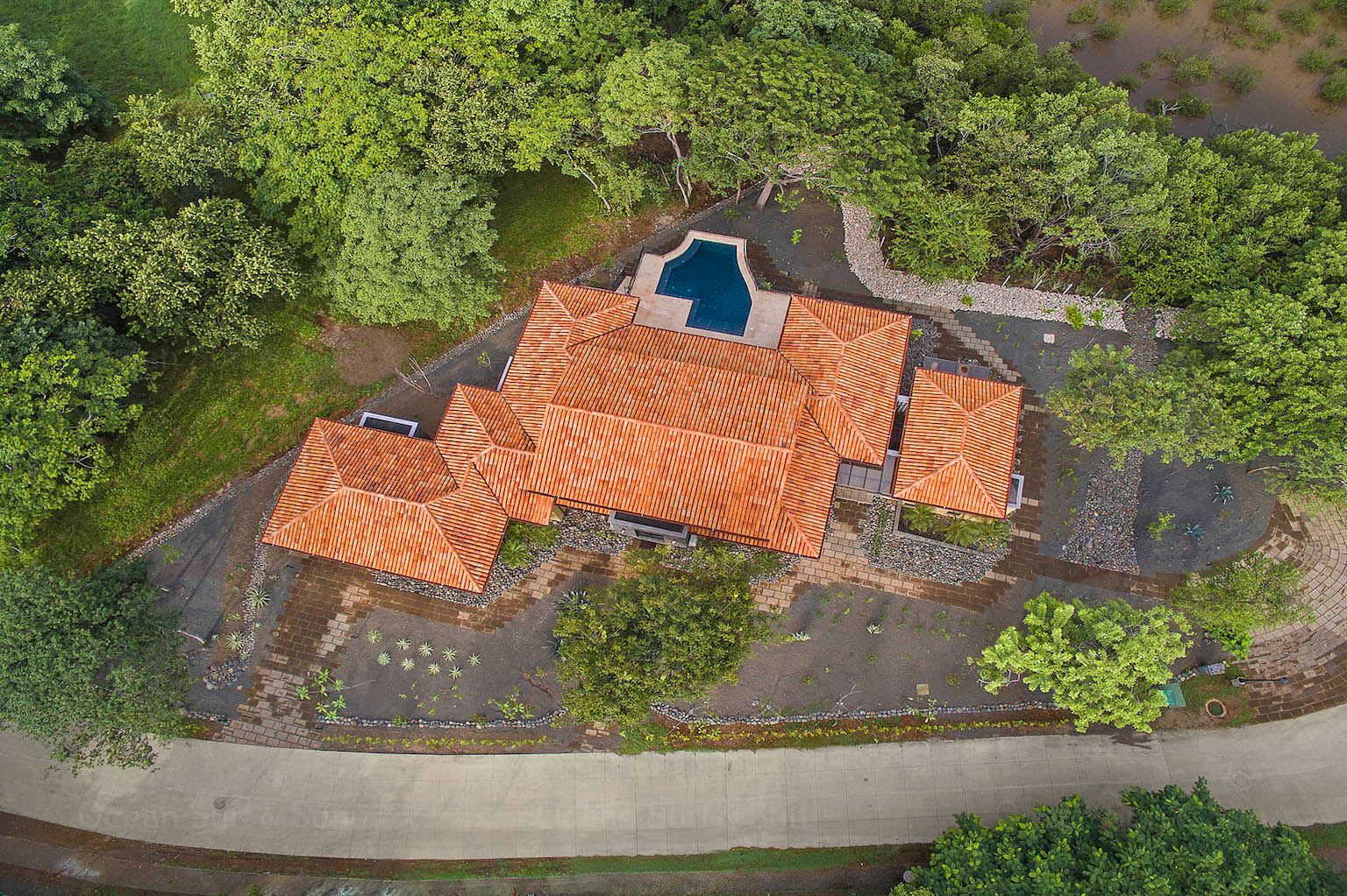 Casa-Leon-elegant-eight-bedrooms-hacienda-pinilla-guanacaste-costa-rica