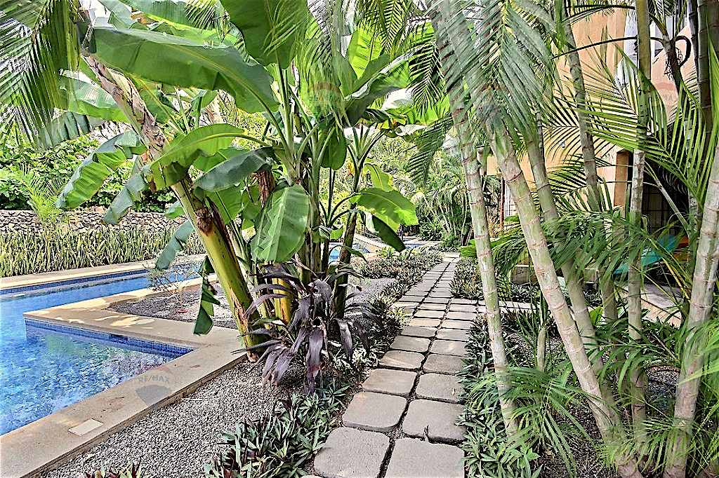 Esquina 9, Playa Langosta, Costa Rica
