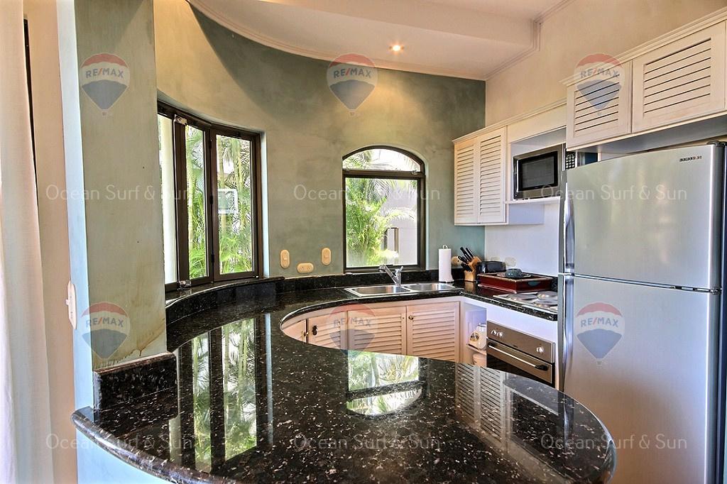 Monte Perla, Playa Tamarindo, Ocean view, Kitchen