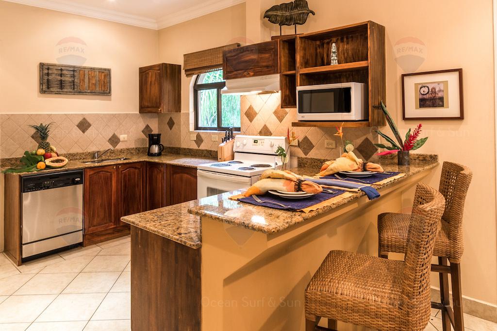 Sunrise-fourteen-rental-investment-vacation-residence-retirement-property-playa-tamarindo-surf-guanacaste-costa-rica