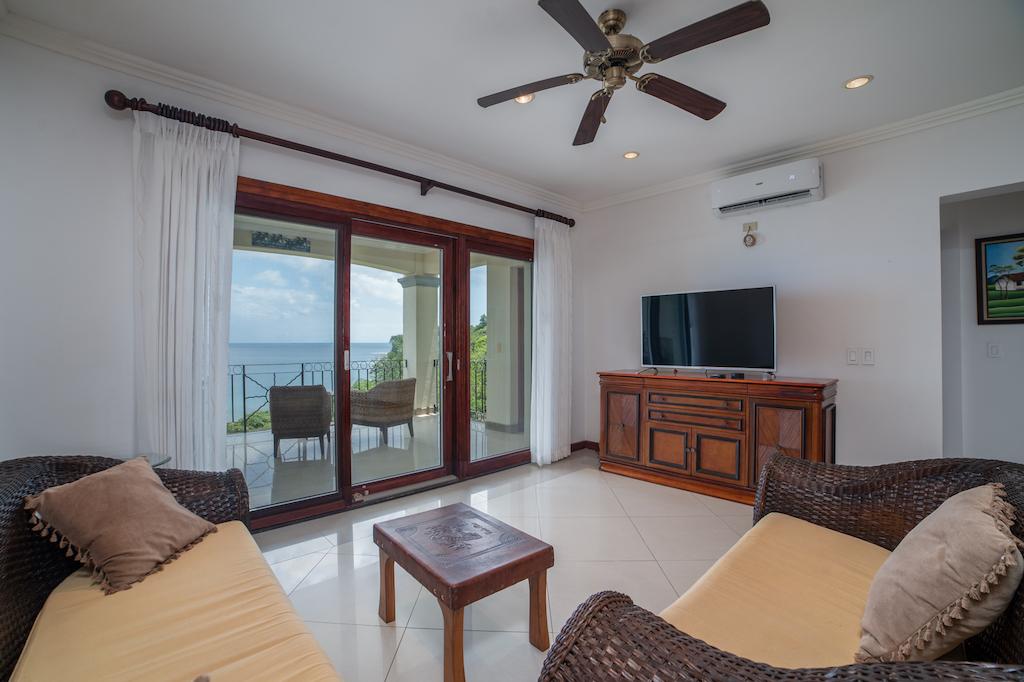 Oceanica-condo-flamingo-tamarindo-retirement-vacation-rental-ocean-view-condo-costa-rica-remax-guanacaste-beach-property-investment