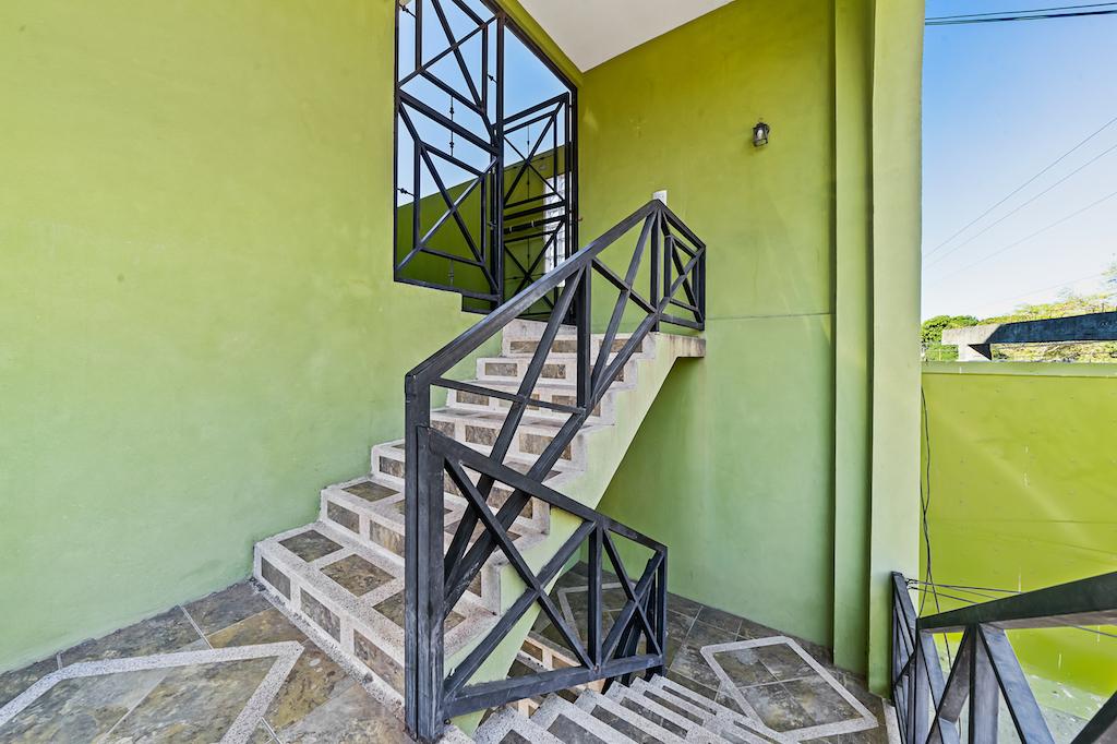 Tamarindo-commercial-center-multiple-business-shops-beach-surf-guanacaste-costa-rica