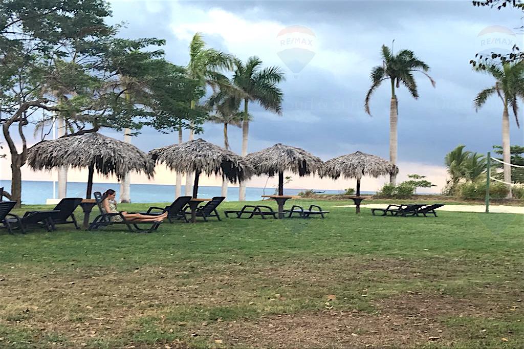 Las Golondrinas 32, Hacienda Pinilla, Costa Rica