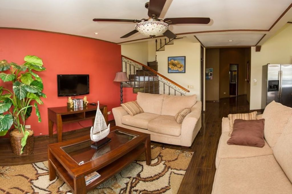 tamarindo-flamingo-surfing-vacation-investment-ocean-view-travel-expat-top-floor-penthouse