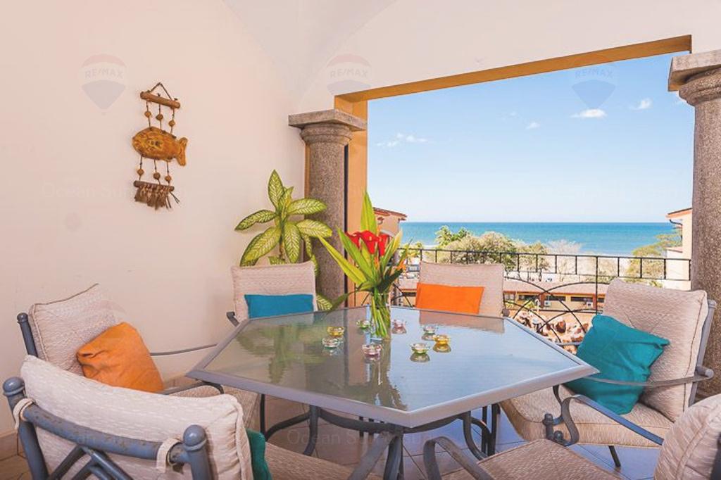 Sunrise-tamarindo-penthouse-open-living