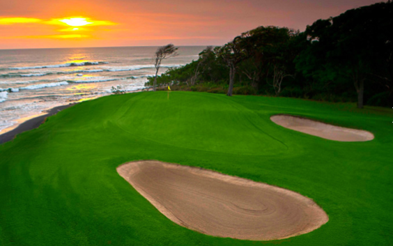 Golf course overlooking the Pacific Ocean