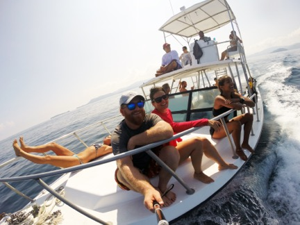 dive boat in costa rica