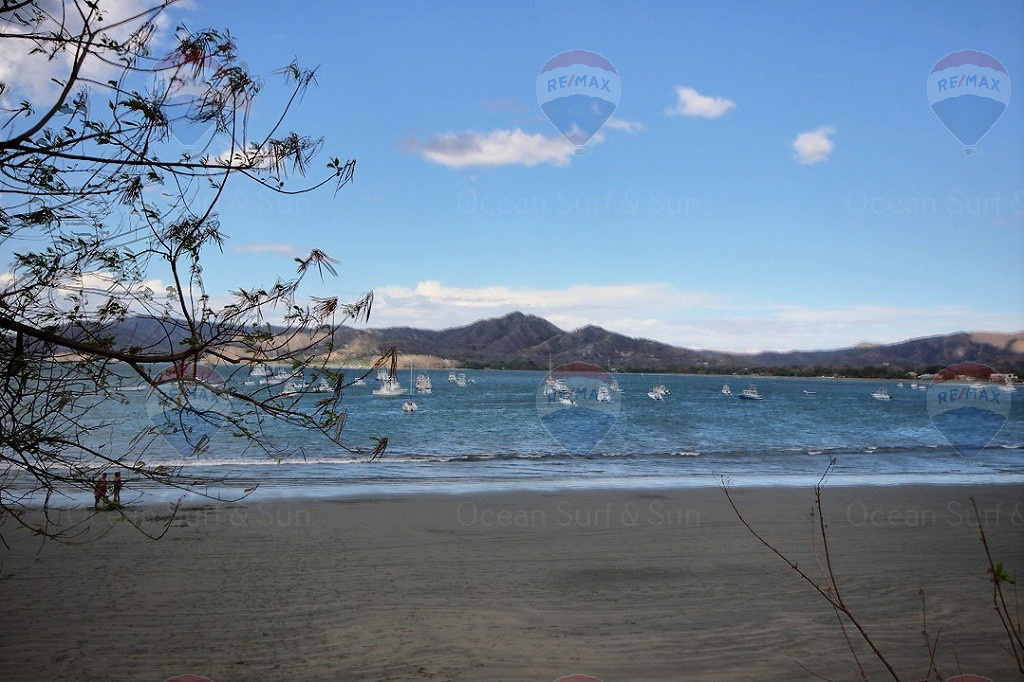 Prime commercial beachfront lot in Playa Flamingo, Costa Rica