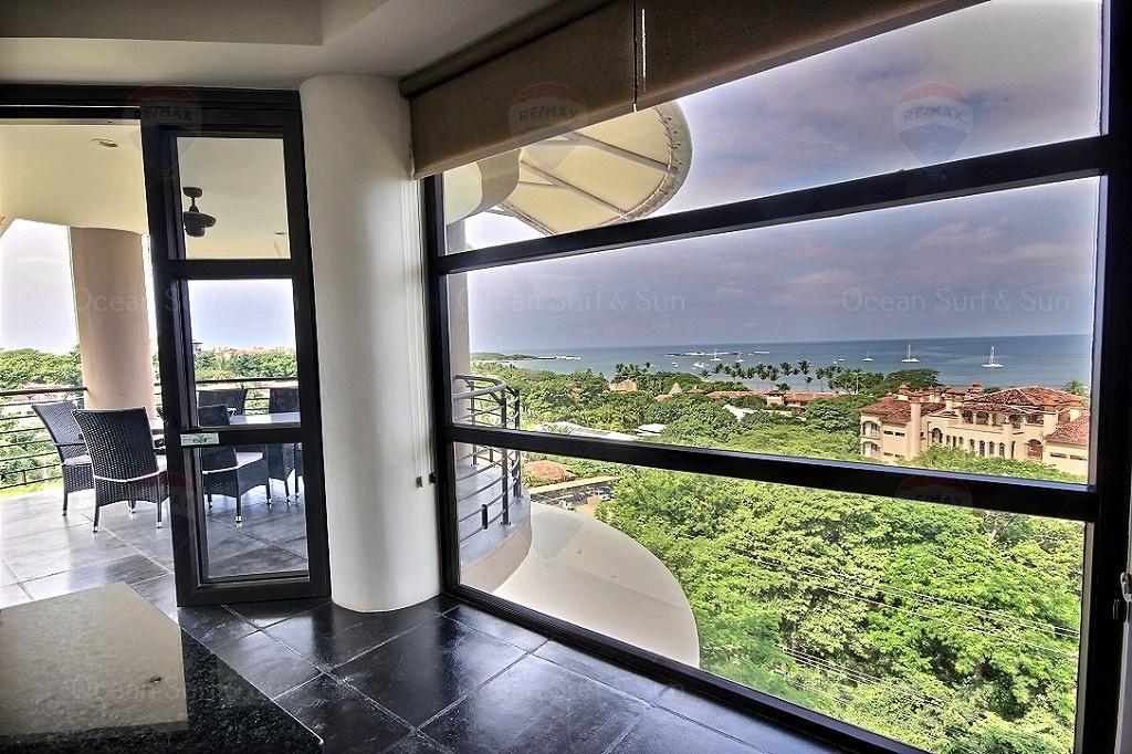 La-Perla-5-3-rental-investment-vacation-property-retirement-residence-playa-tamarindo-surf-guanacaste