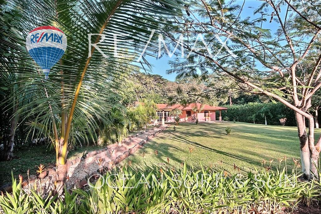 Casa Rio Seco Playa Junquillal