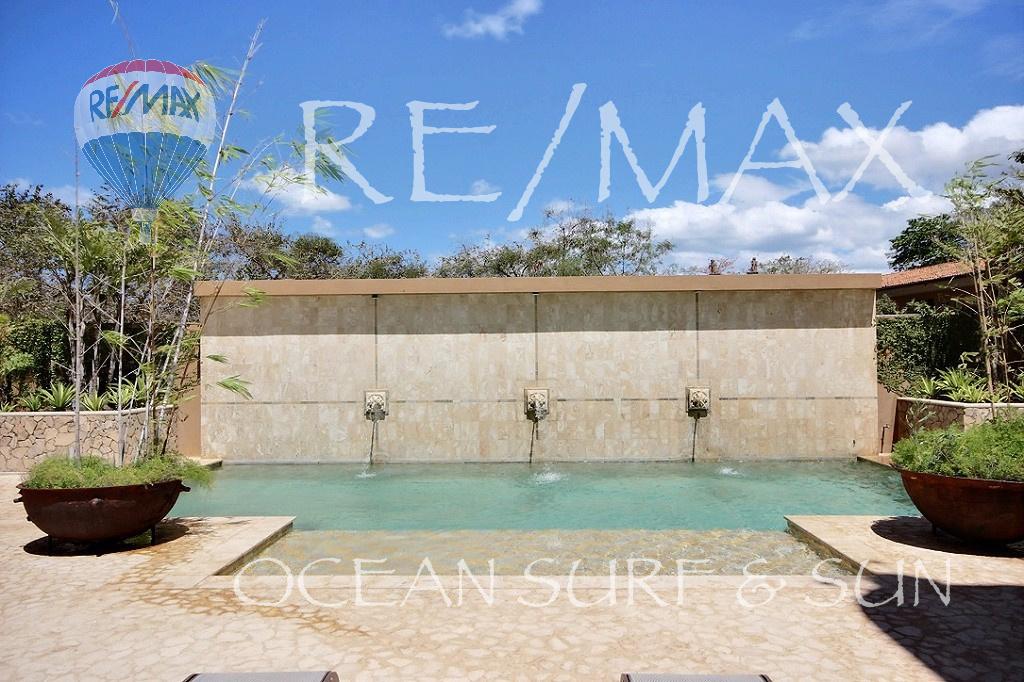 Boca Raca #1 in Playa Tamarindo