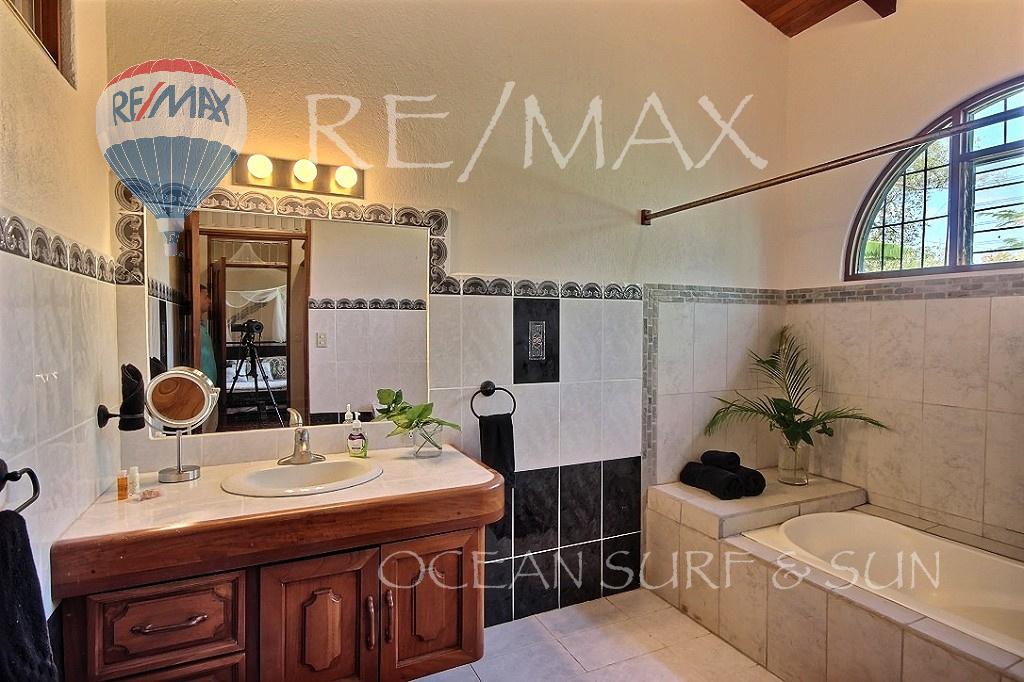 Casa Linda Flamingo - Bathroom