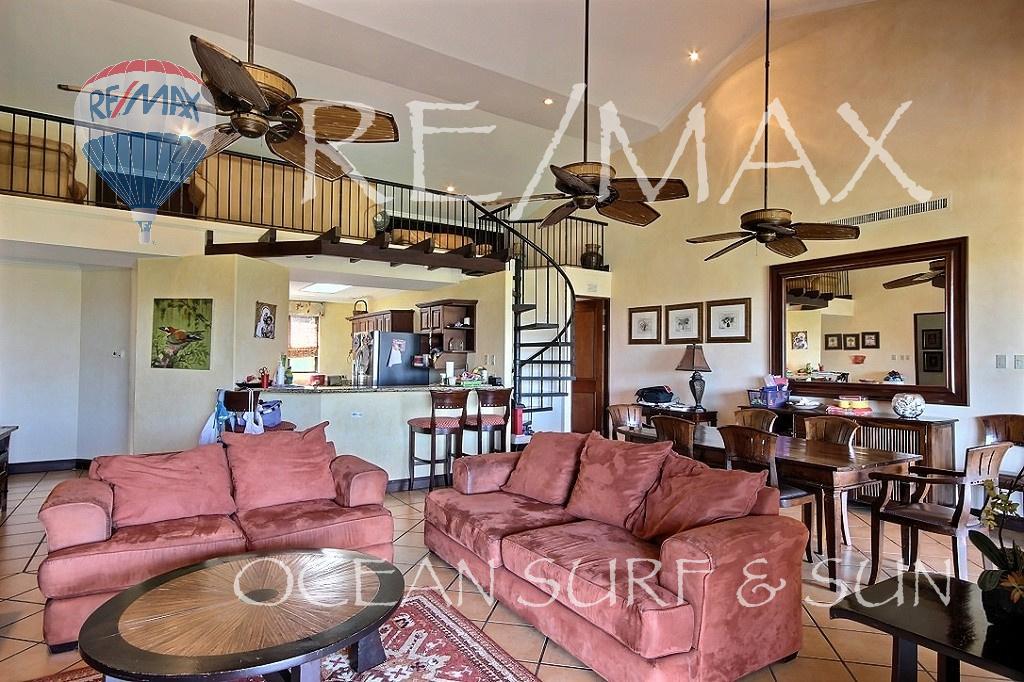 Bougainvillea penthouse 7209 in Reserva Conchal
