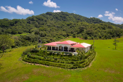 playa-junquilal-estate-ranch-hacienda-living-tamarindo-guanacaste-costa-rica-retirement-property-vacation-residence-real-estate-investment