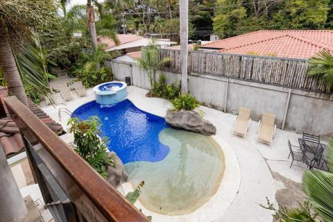 tamarindo-potrero-surfing-vacation-investment-condominium-travel-expat