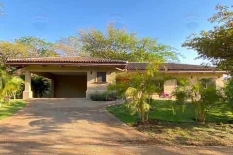 Casa-Luhamai-rancho-villa-real