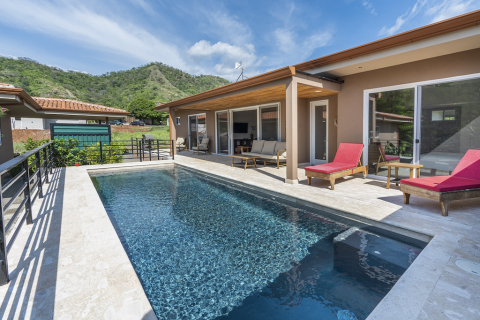 tamarindo-mar-vista-surfing-vacation-investment-gated-community-community-travel-expat