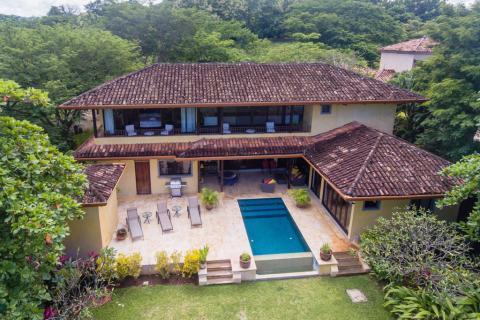 villa-fin-luna-tamarindo-surf-beach-nightlife-real-estate-investment-vacation-residence-retirement-property