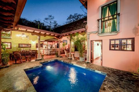 casa-leona-tamarindo-surf-nightlife-vacation-property-real-estate-investment-retirement-residence-costa-rica