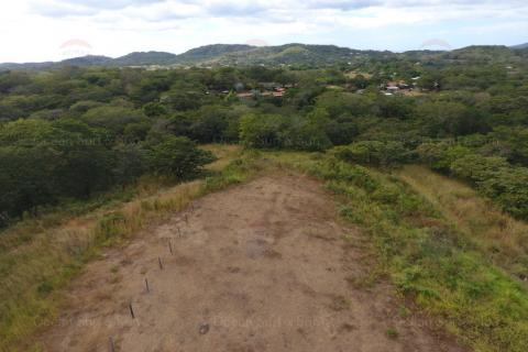Land-in-Villareal-rental-investment-vacation-residence-retirement-property-playa-tamarindo-surf-guanacaste-costa-rica