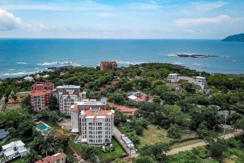 peninsula-playa-langosta-tower-two-vacation-residence-tamarindo-costa-rica