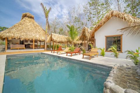 casa-uluwatu-tamarindo-surf-beach-nightlife-real-estate-investment-vacation-residence-retirement-property
