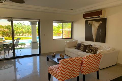 palmas-de-tamarindo-104e-tamarindo-surf-beach-nightlife-real-estate-investment-vacation-residence-retirement-property