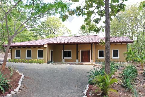 Casa-Rancho-retirement-investment-vacation-playa-tamarindo-gated-community-tamarindo