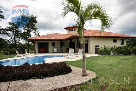 Casa Los Almendros 30, Hacienda Pinilla, Costa Rica