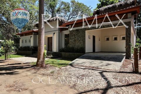 Casa Bali del Rio of Playa Potrero