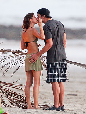 Tom Bradyt and Giselle Bundchen Costa Rica